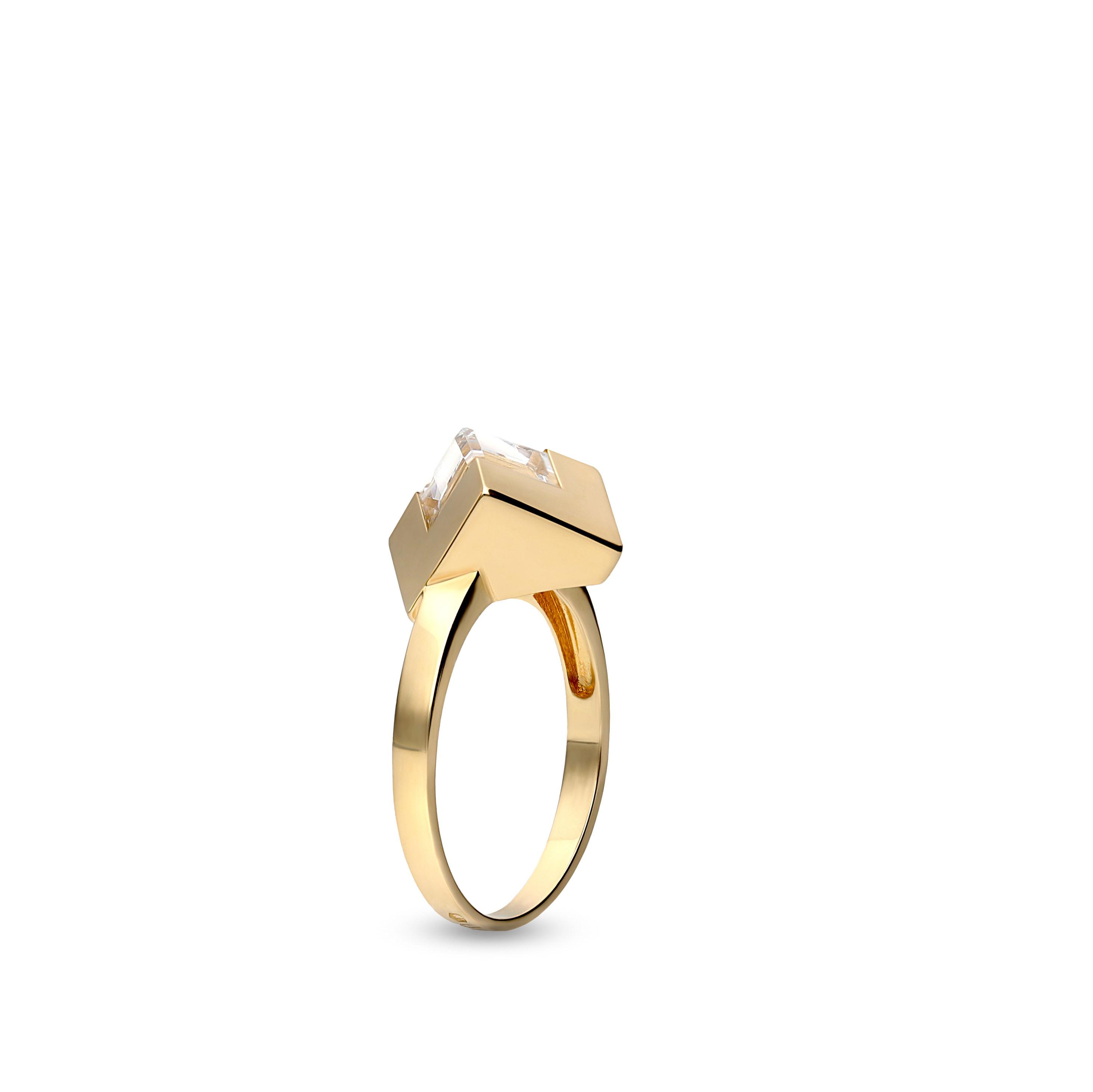 Pierścionek z żółtego złota - kostka z kryształem Swarovskiego, próba 585